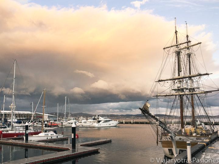 Increíble vista del puerto de Hobart en Tasmania, Australia