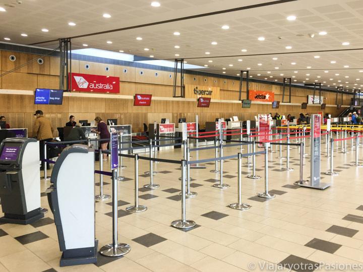 Interior del aeropuerto e Hobart en Tasmania