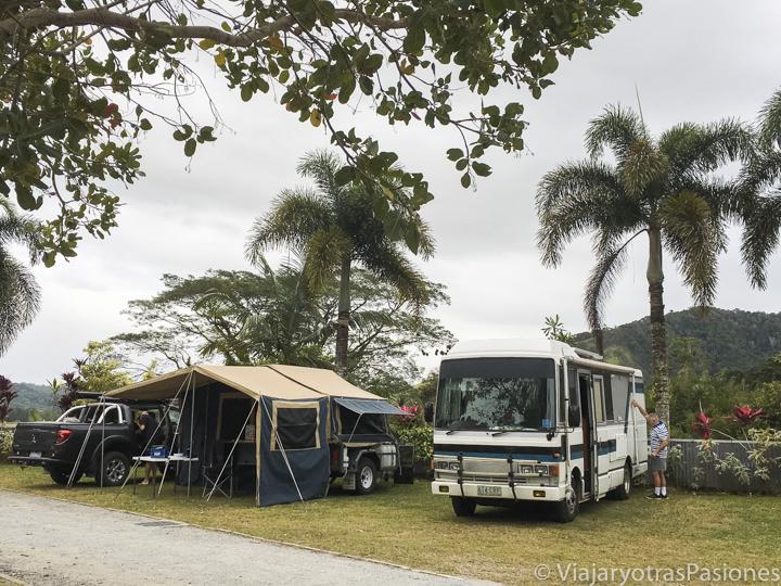 Típicas tiendas en un camping en Queensland, Australia
