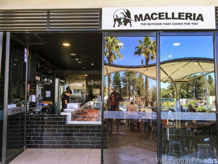 Entrada de el buenissimo restaurante Macelleria en Bondi Beach, Australia