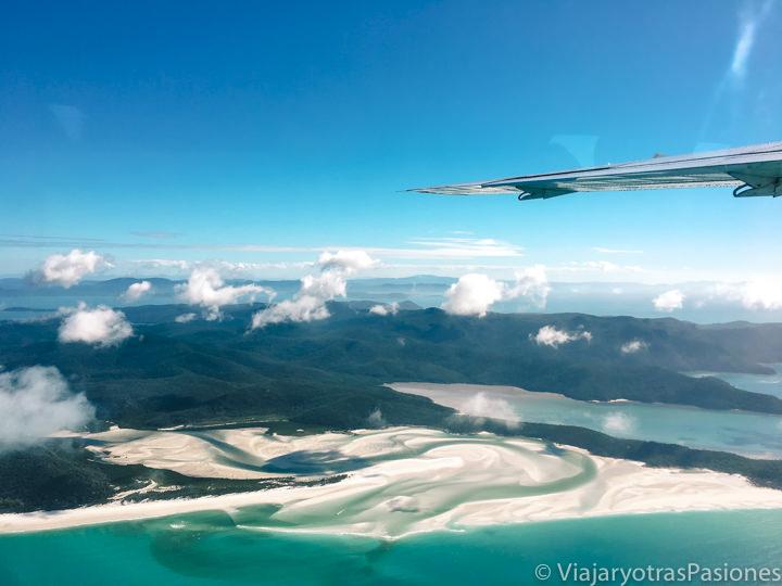 Increíble vista de Whitehaven Beach en Whitsunday Island, cerca de la gran barrera de coral, Australia