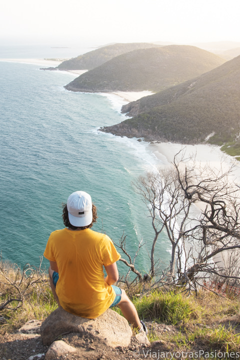 Espectacular vista de la costa de Port Stephens desde la Tomaree Mountain, Australia