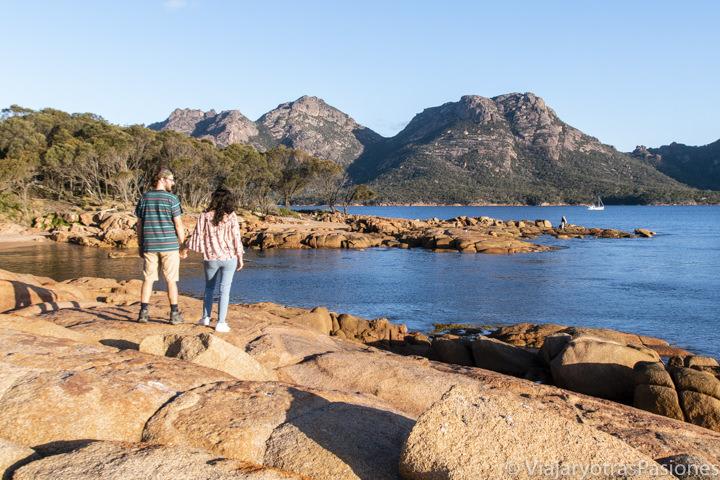 Emocionante atardecer con vista de The Hazards, cerca de Coles Bay, en Tasmania