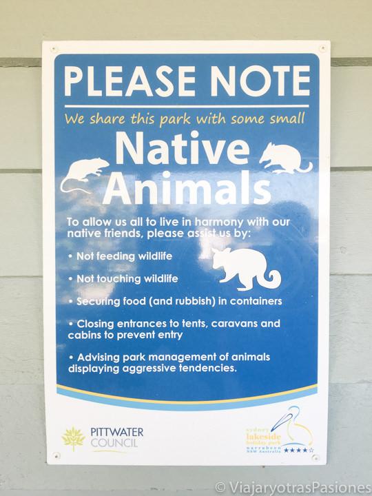 Señal de cuidado por animales salvajes en Australia
