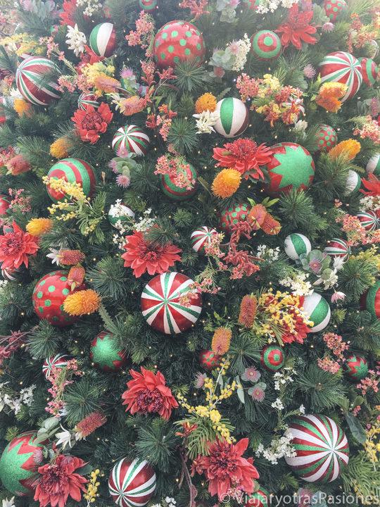 Detalle del árbol de Navidad de St Martin Place en Sydney, Australia