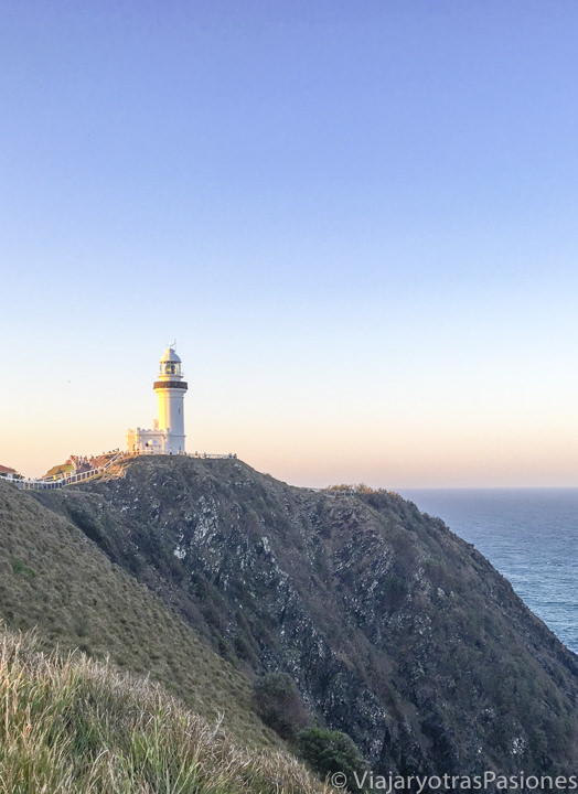 Vista del famoso faro de Byron Bay en Australia